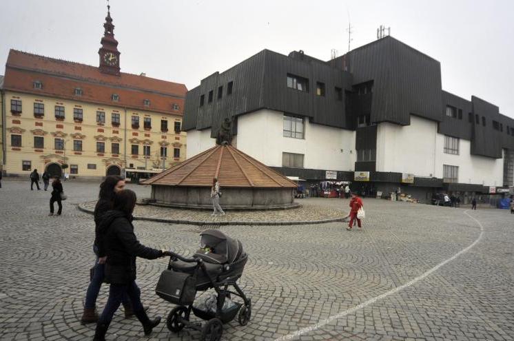 Jihlava: Revitalizace Masarykova náměstí začne sázením stromů